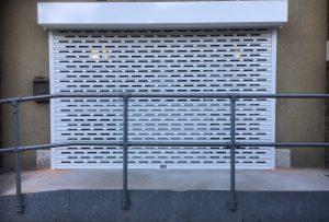 brick-bond-shutter-white-min-e1533134516486-300x203 Electric Shutters