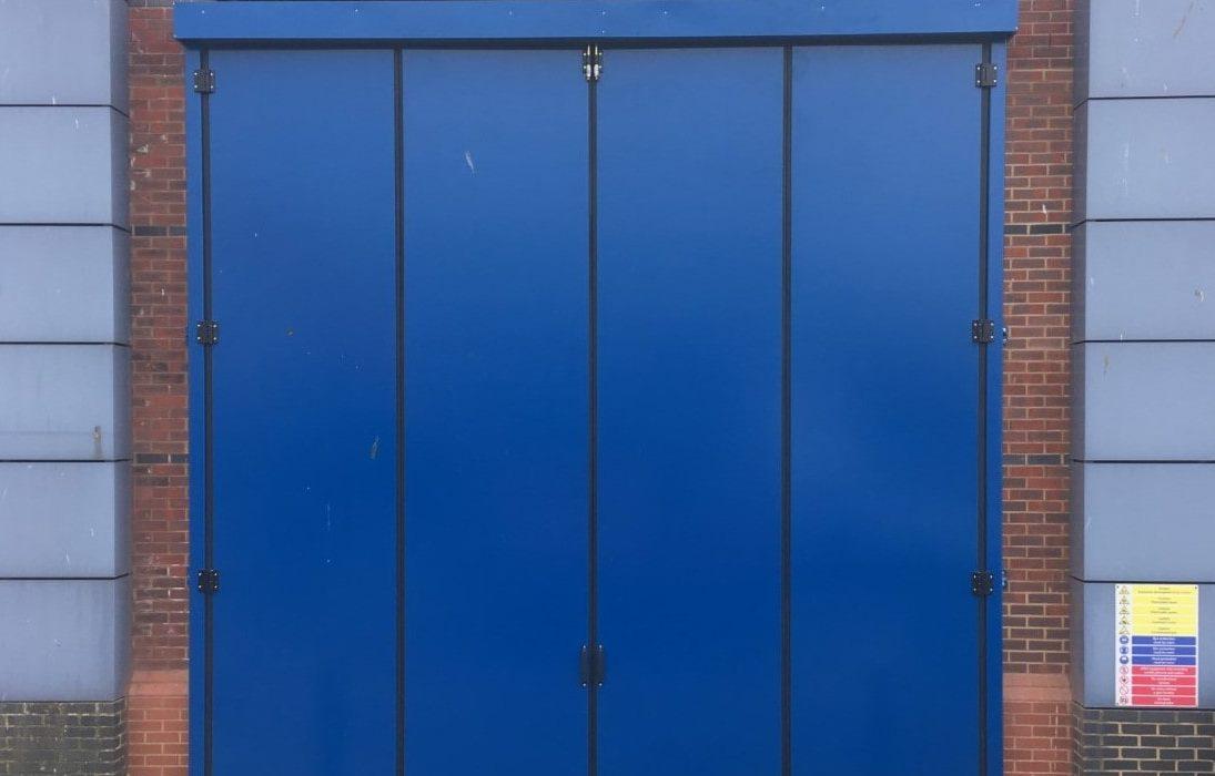 acoustic-blue-folding-door-min-e1551194503304-1095x700 Projects