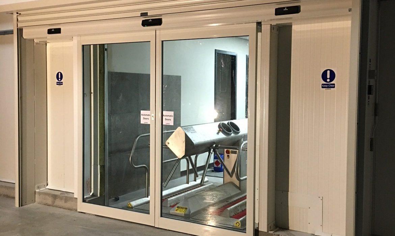auto-sliding-doors-07-min-1170x700 Projects